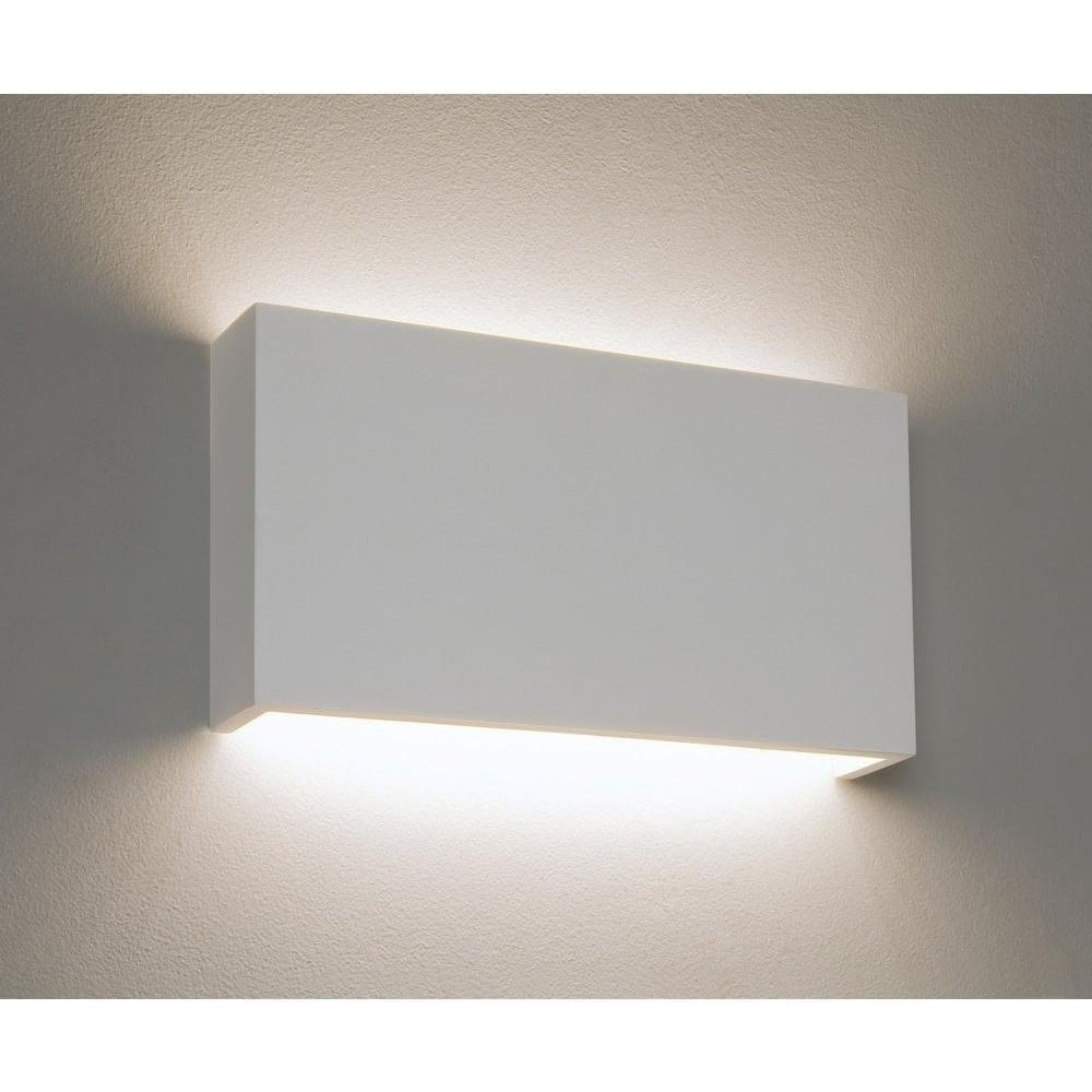 minimalist lighting. 7172 Rio 325 Minimalist LED Wall Bracket In Plaster Finish Lighting