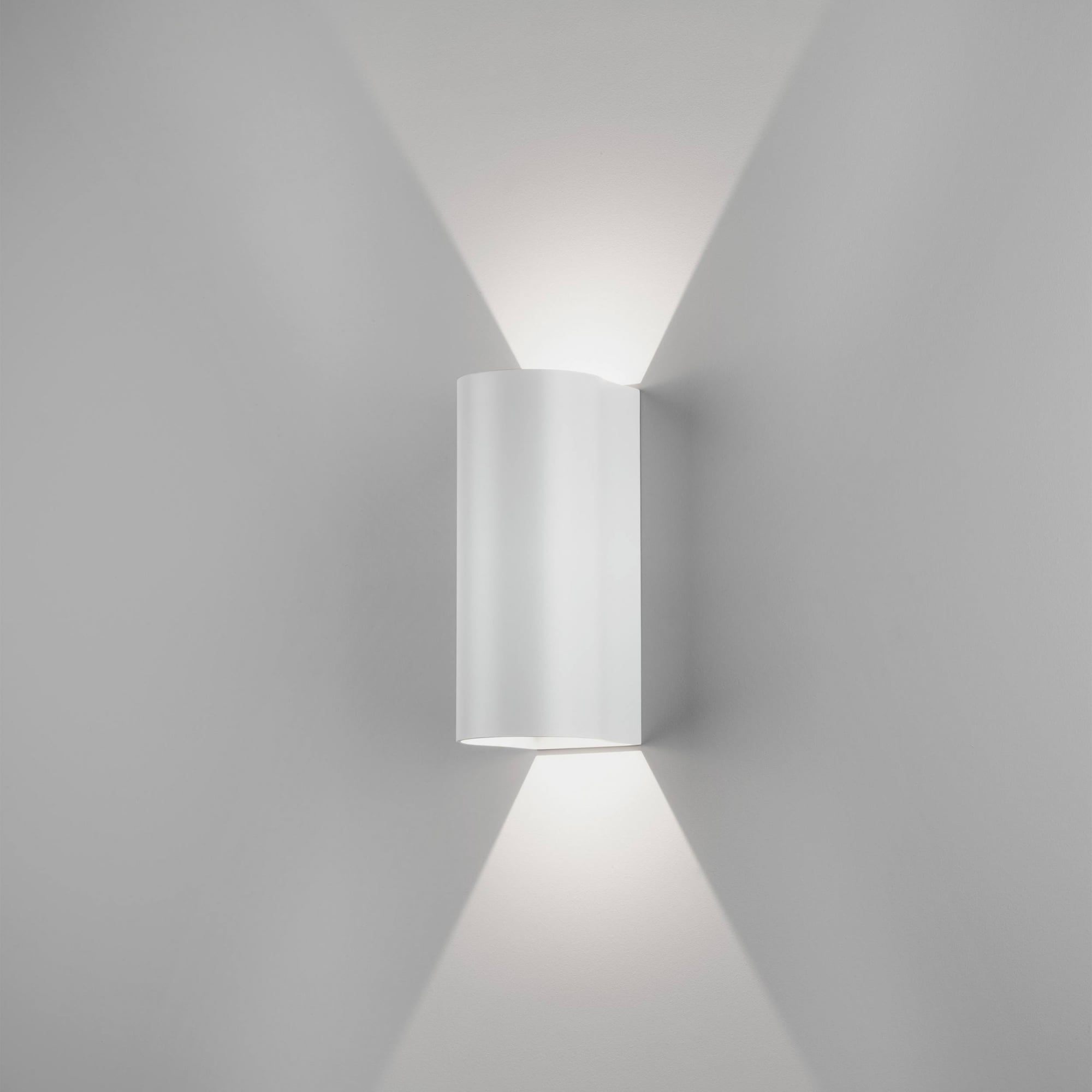 Astro Lighting Dunbar Led 255 Contemporary Outdoor Wall Light In White Finish 1384007 Lighting From The Home Lighting Centre Uk