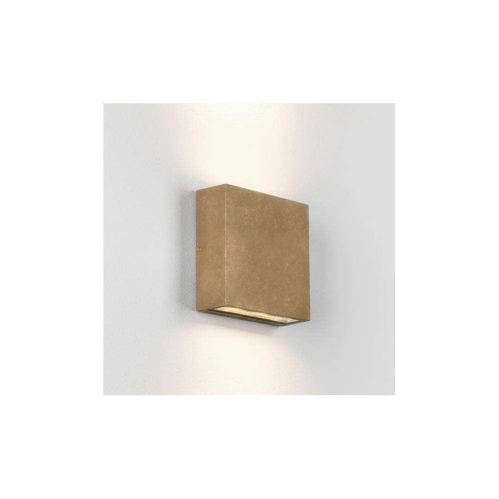 Elis outdoor coastal led twin wall light in antique brass finish 1331006